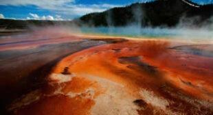 Yellowstone supervolcano 'turned the asphalt into soup' shutting down Natl. Park's roads