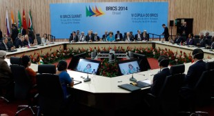 'BRICS system' – healthy alternative to 'defunct dollar system'