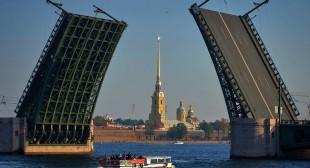 "St. Petersburg claims ""Europe's leading destination"" title"