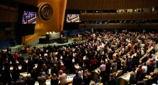 "70th UN General Assembly aims to ""end catastrophic wars & explosive refugee crises"""