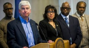 "While Flint Was Being Poisoned, State Workers ""Quietly"" Provided Water Coolers"