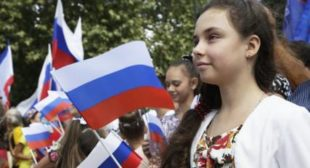 Sanctions or Not, Crimea Wants to Be Part of Bigger World Together With Russia
