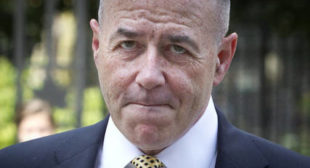Ex-top NY cop slams FBI for missing tip-off on Florida shooter, 'chasing Russian collusion' instead