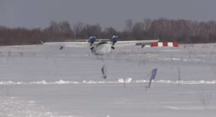 Wheels Up: WATCH Insane Russian Seaplane Landing in Snow