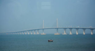 When Size Matters: China to Open World's Longest Bridge (PHOTOS)