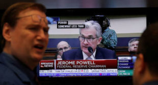 """We are headed for a massive financial crisis"" & Fed has ""no idea what's going on"" – Peter Schiff"
