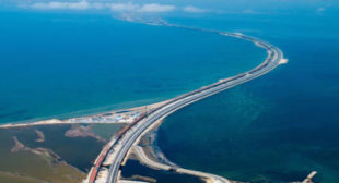 27 months in 3 minutes: How Russia built Europe's longest bridge (TIMELAPSE VIDEO)