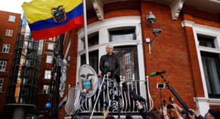 Ecuadorian Foreign Ministry Reaffirms Asylum for WikiLeaks Founder Assange