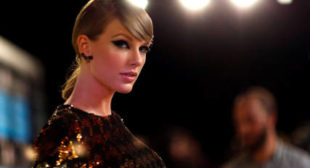 Twitter Ablaze As Trump Says He Likes Taylor Swift's Music 25% Less Now
