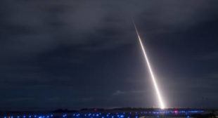 US touts interception of a medium-range ballistic missile it should not have (VIDEO)