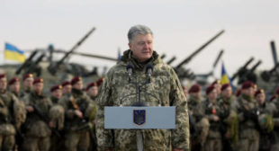 Last chance to stay in power? Ukrainian President Poroshenko signs decree on martial law