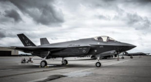 'F-35 is Not Ready to Fly', US Defence Companies 'Buy Politicians' – Journalist
