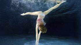 Mesmerizing mermaids: Can underwater pole dancing become new aquatics sport? (PHOTOS)