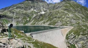 What An Amazing Dam. Wait…What'€™s That? Are Those…? No Way!