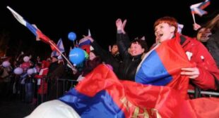 Crimea declares independence, seeks UN recognition