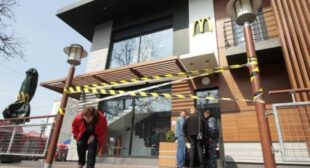 "Not ""€˜lovin' it""€™ in Crimea: McDonald'€™s suspends operations for ""€˜manufacturing reasons""€™"