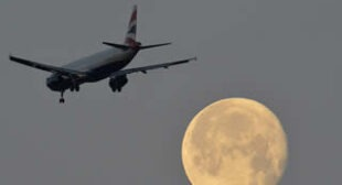 """""""€˜Unprecedented""""€™: 13 aircraft mysteriously disappear from radars in heart of Europe"""