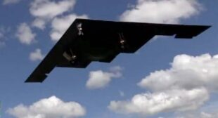 US deploys stealth B-2 bombers in Europe (VIDEO)