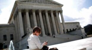 """Get a warrant"" – Supreme Court rules against cell phone searches in 'big win for digital privacy'"