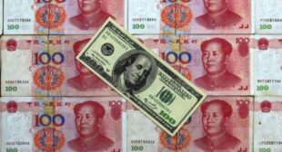 "Russian companies ""de-dollarize"" and switch to yuan, other Asian currencies"