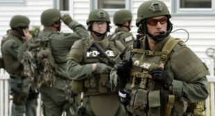 "Battlefield USA: American police ""excessively militarized"" – ACLU study"