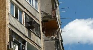 "Slavyansk residential districts ""a mess"" after Kiev troops shelling, at least 3 killed (SHOCKING VIDEO)"