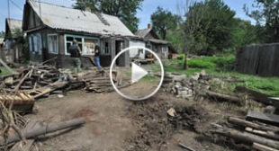 Father was lying on the porch with his arm blown off eyewitness to Ukraine's shelling