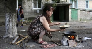 On the Brink of Survival: No electricity, water, communications in besieged Lugansk, E. Ukraine