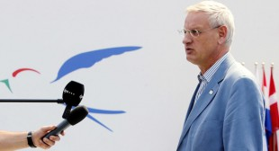 'Carl Bildt – slavish supporter of US, not European values'