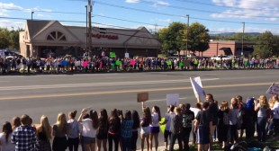 """Denver students stage mass walk-out over US history """"censorship"""""""