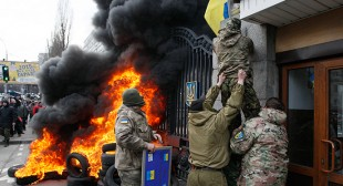 """Ukraine's economy in backwards drive, feeds tensions and discontent"""