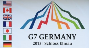 Obama to urge G7 leaders to maintain Russia sanctions – while admitting they don't work