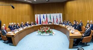 'Deal or war': Is doomed dollar really behind Obama's Iran warning?