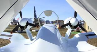 Flying bird: Russia's amphibious Chirok prototype debuts at MAKS-2015 air show