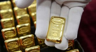 Gold-Backed Ruble, Yuan to Trigger Global De-Dollarization
