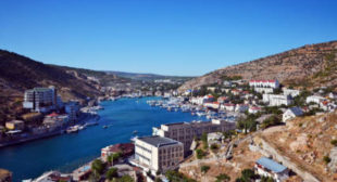 Rights ombudsman invites international monitors to Crimea