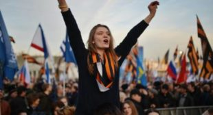 Crimea's Reunification With Russia: People 'Really Wanted to Return Home'