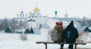 Russians are Coming…Back Home: Record Numbers Returned From EU Countries in 2016