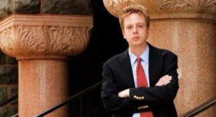 US Detains Journalist For Exercising Free Speech