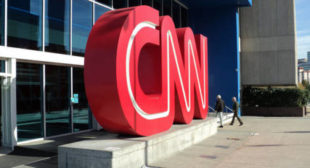 CNN Producer 'Fesses Up: Russia Narrative 'Bullsh*t,' 'We Do It for the Ratings' [English & German]