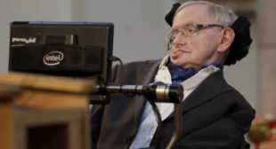 Stephen Hawking Fears He's More Welcome in Space Than Trump's America