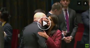 US, Russian Envoys Kiss & Shake Hands Before Heated UNSC Meeting (VIDEO)