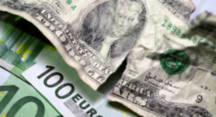 Russia ready to ditch dollar in favor of euro in foreign trade – finance minister