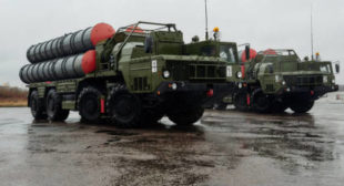 'It's Not Helpful': US Warns India Against Buying Iran Oil, Russian S-400s