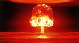 UK MPs Warn Threat of Nuclear War 'Now Greater Than it has Been Since Cold War'