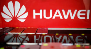 Microsoft WARNS US Crackdown on China's Huawei Could Backfire