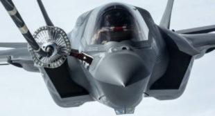 Pentagon Testing Chief Blasts 'High Risk' Software Update Regimen for F-35s