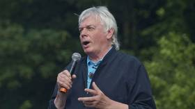 Banning the conspiracist David Icke is WRONG & actually strengthens his case that we're sleepwalking towards DICTATORSHIP