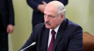Belarus's Lukashenko Slams Global Elites, Says They've Made 'Trillions' as Economy Burns to Pandemic