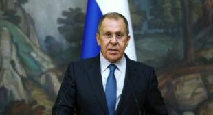 Russian FM Lavrov Says Moscow May Stop Dialogue With EU if Bloc Doesn't Respect Russia